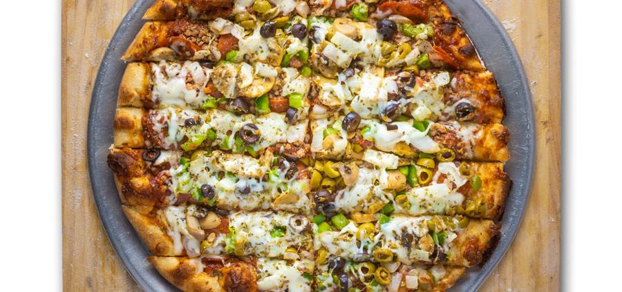 Garbage Pizza - QC Pizza - Quad City Style Pizza - Mahtomedi, MN