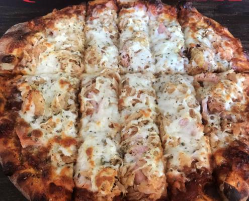Sour Pig Pizza - Quad City Style Pizza - Mahtomedi, MN (651) 777-1200